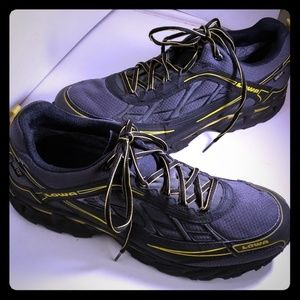 Mens  LOWA STG Sneakers  Grey and Yellow Size 11